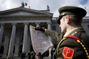 31032013-easter-rising-commemoration-captain-e-2-752x501